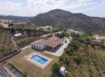 propiedad-enViñuelaCasa-con-gran-terreno-a-4-minutos-del-lago-de-Viñuela-20